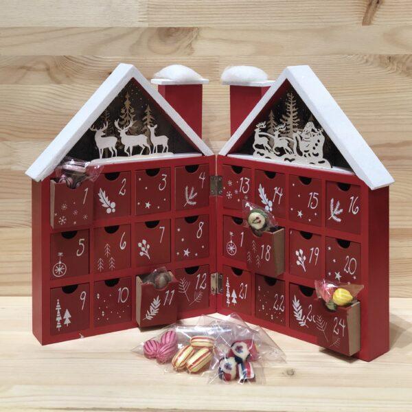 Træhus julekalender rød